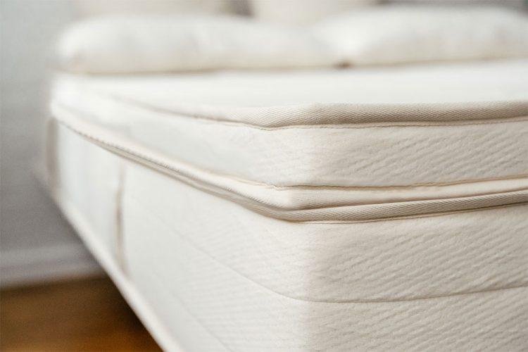 peacelily-mattress-topper2